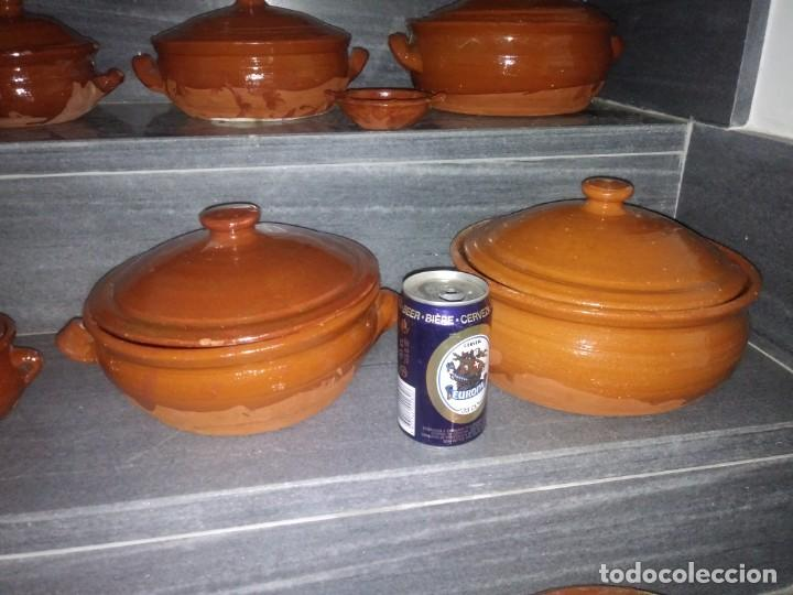 Antigüedades: Olla cuenco cazuela con tapadera puchero ceramica barro chimenea lumbre horno bateria de cocina - Foto 3 - 156771406