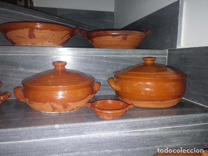 Antigüedades: Olla cuenco cazuela con tapadera puchero ceramica barro chimenea lumbre horno bateria de cocina - Foto 11 - 156771406