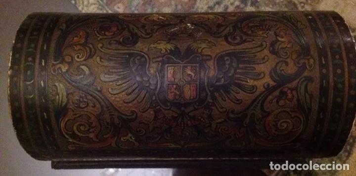 Antigüedades: ANTIGUO COFRE CON ESCUDOS DE CÓRDOBA - Foto 3 - 156772316