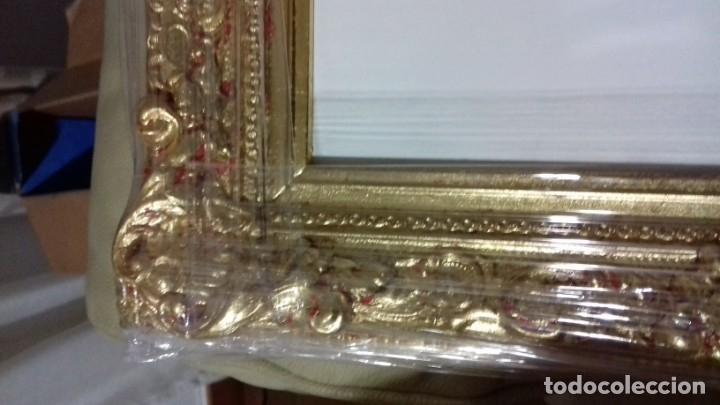 Antigüedades: BONITA MOLDURA MUY ORNAMENTADA. DORADA CON PAN DE ORO. INCLUYE LIENZO DE 29,5X23,5. - Foto 3 - 74106859