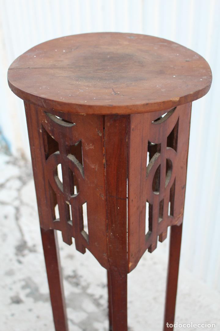 Antigüedades: mesita jardinera peana en madera de nogal - Foto 5 - 156796582