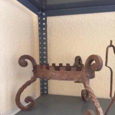 Antigüedades: PIE DE MACETA. Lote 156838433