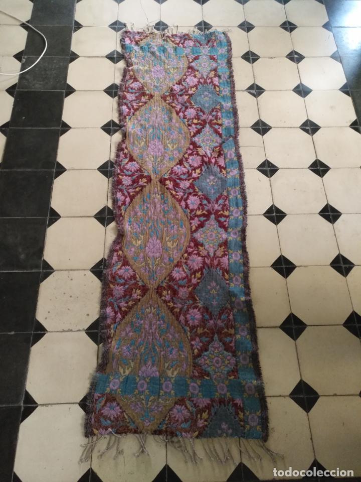 Antigüedades: manton mantoncillo fular pañuelo rectangular lana brocado 2 ver caras 170 x 49 cm aproximadamente - Foto 7 - 156848606