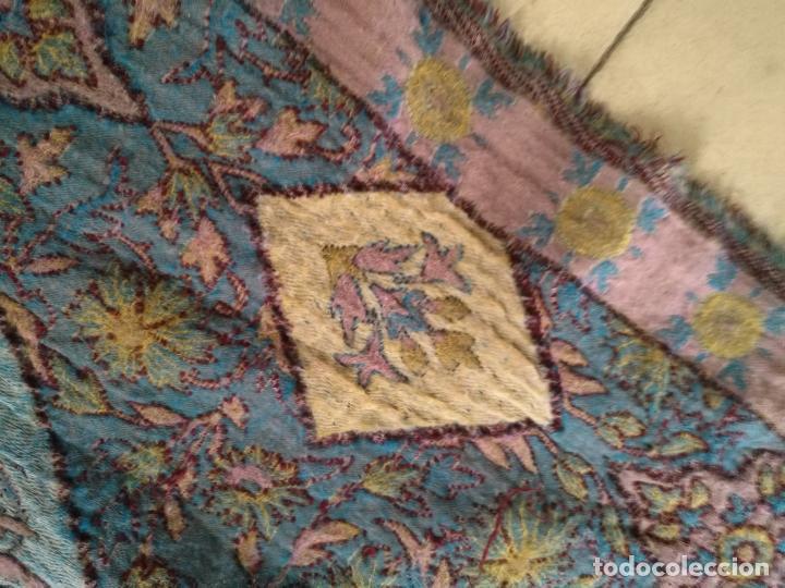 Antigüedades: manton mantoncillo fular pañuelo rectangular lana brocado 2 ver caras 170 x 49 cm aproximadamente - Foto 10 - 156848606
