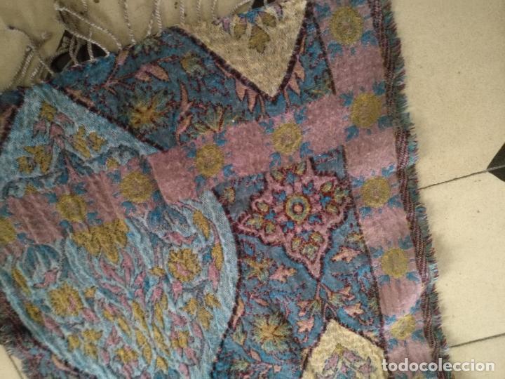 Antigüedades: manton mantoncillo fular pañuelo rectangular lana brocado 2 ver caras 170 x 49 cm aproximadamente - Foto 13 - 156848606