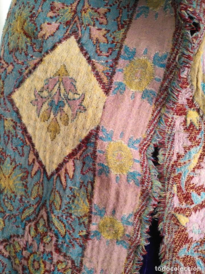 Antigüedades: manton mantoncillo fular pañuelo rectangular lana brocado 2 ver caras 170 x 49 cm aproximadamente - Foto 15 - 156848606