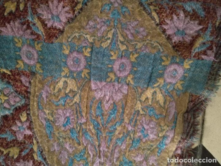 Antigüedades: manton mantoncillo fular pañuelo rectangular lana brocado 2 ver caras 170 x 49 cm aproximadamente - Foto 18 - 156848606