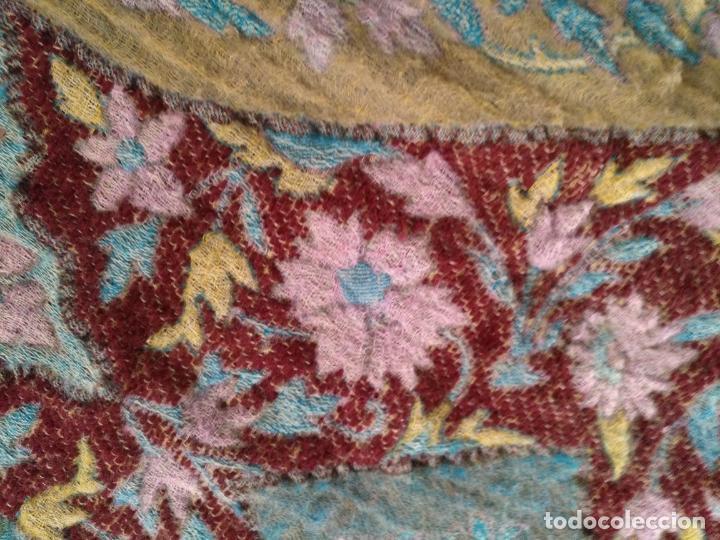 Antigüedades: manton mantoncillo fular pañuelo rectangular lana brocado 2 ver caras 170 x 49 cm aproximadamente - Foto 20 - 156848606