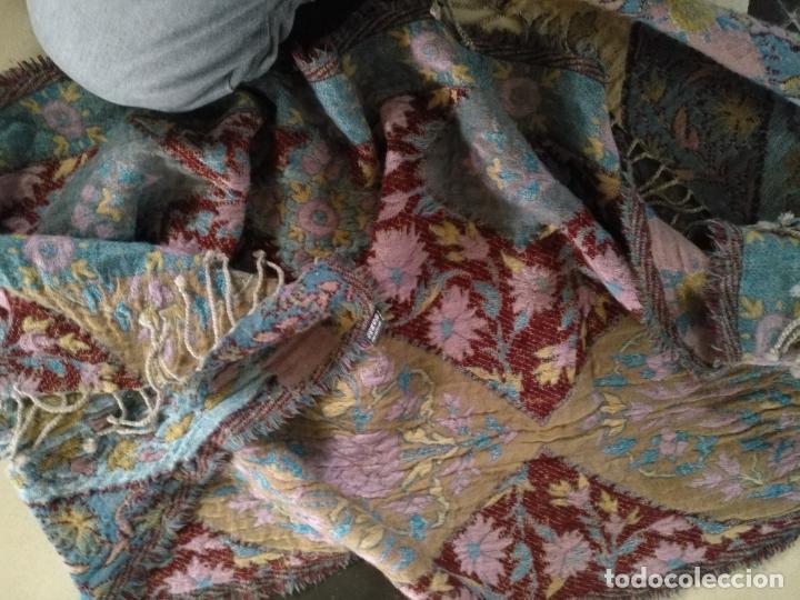 Antigüedades: manton mantoncillo fular pañuelo rectangular lana brocado 2 ver caras 170 x 49 cm aproximadamente - Foto 22 - 156848606