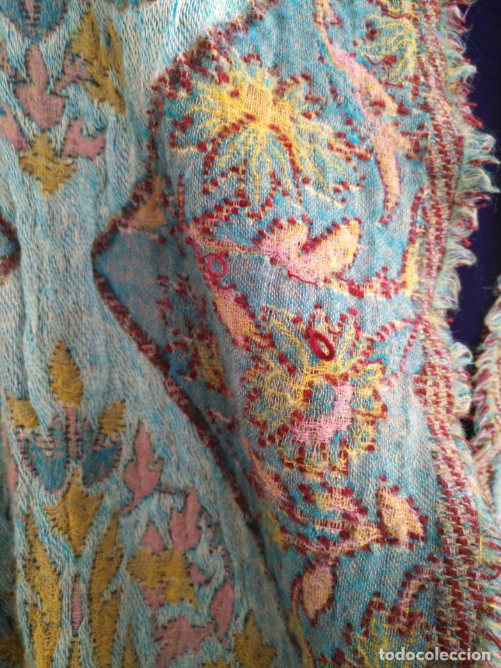 Antigüedades: manton mantoncillo fular pañuelo rectangular lana brocado 2 ver caras 170 x 49 cm aproximadamente - Foto 26 - 156848606