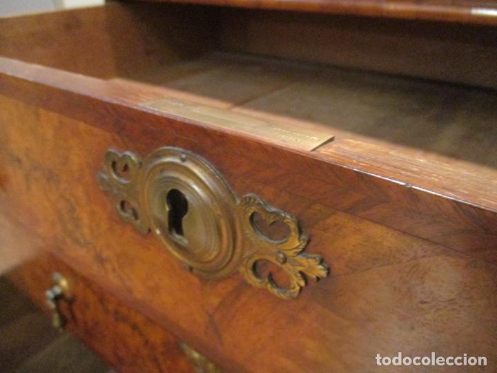 Antigüedades: Escritorio Vitrina - Canterano Librería Victoriano, Inglaterra - Madera en Raíz de Nogal -S. XIX - Foto 7 - 156856326