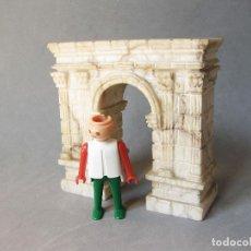 Antigüedades: ARCO ROMANO DE RODA DE BARÁ ESCULPIDO EN MARMOL EN PEQUEÑO TAMAÑO - TARRAGONA. Lote 220914272