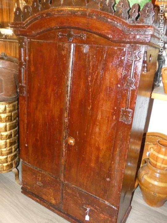 Antigüedades: Armario de sacristía- capilla finales siglo XVIII .114 x 67 x 30 cms. bien conservado, sin llave - Foto 12 - 195322151