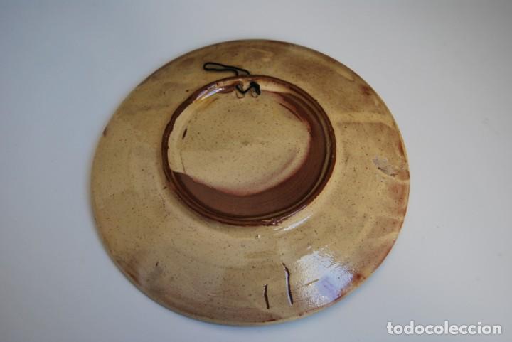 Antigüedades: PLATO DE CERÁMICA DE LA BISBAL - PEZ - Foto 4 - 156901110
