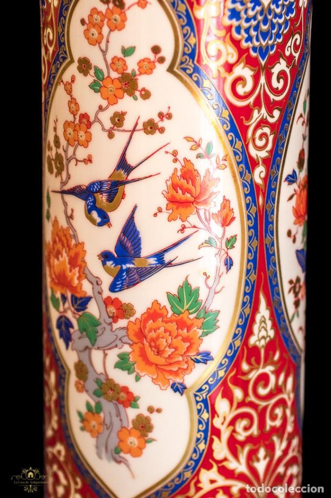 Antigüedades: Bonito jarron antiguo de porcelana pintado a mano de origen aleman, de la marca Kaiser - Foto 5 - 176621014