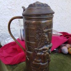 Antigüedades: ESPECTACULAR Y ANTIGUA JARRA DE LATON. Lote 157004588