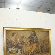 Antigüedades: TAPIZ ANTIGUO CON MARCO DORADO DE MADERA. Lote 157015046
