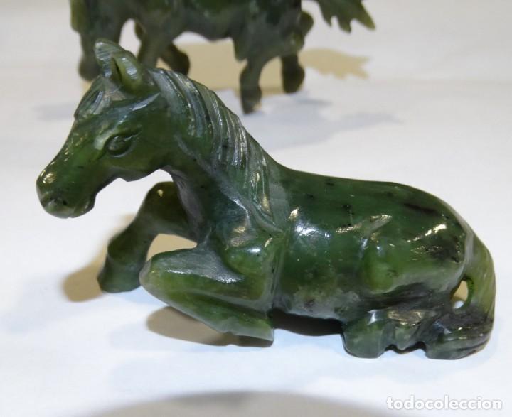 Antigüedades: 3 ESCULTURAS DE PIEDRA DE JADE CABALLITOS DISTINTAS POSICIONES. - Foto 6 - 157218242
