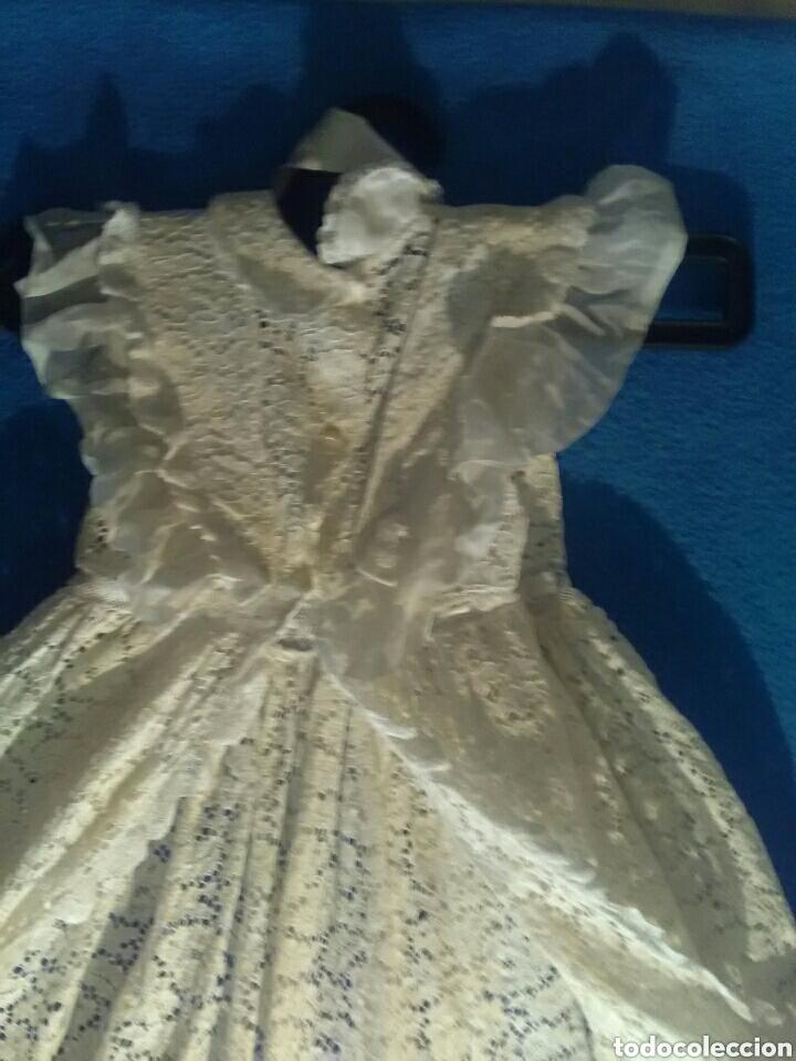 Antigüedades: Vestido de cristianizar, también para virgen capi pota 70 cm attura - Foto 2 - 157256417
