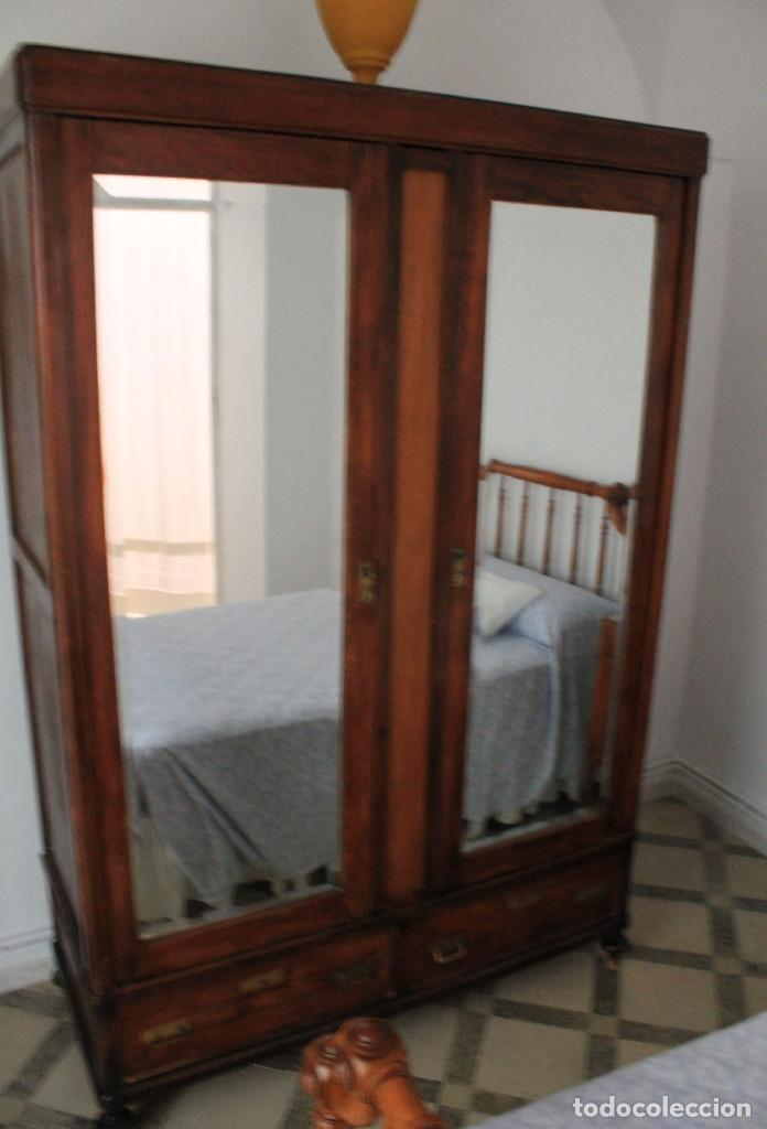 ARMARIO ROPERO (Antigüedades - Muebles Antiguos - Armarios Antiguos)