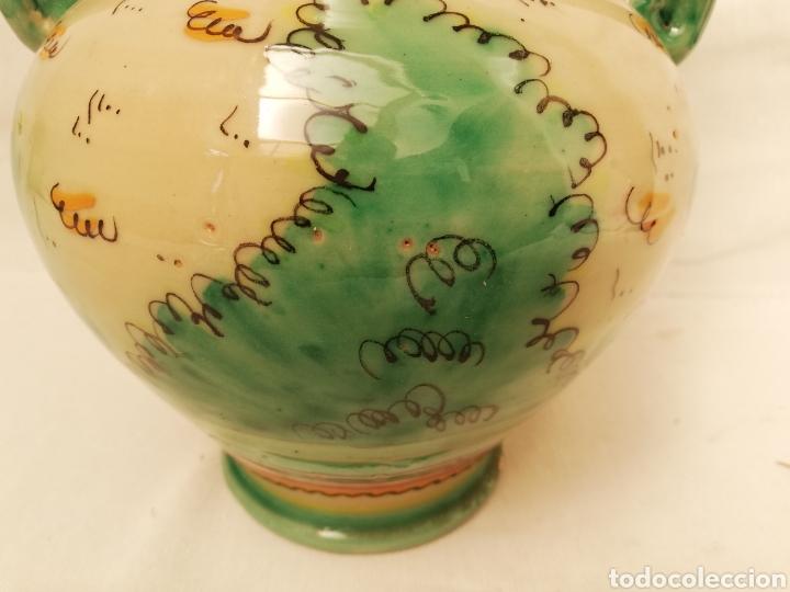 Antigüedades: JARRON DE CERAMICA. CENTRO DE MESA. DOBLE ASA DE PUENTE DEL ARZOBISPO. 35CM. - Foto 6 - 157345382