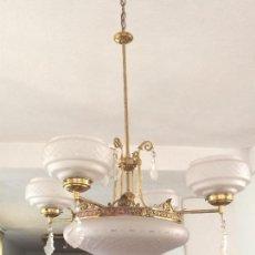 Antigüedades: LAMPARA ANTIGUA DE BRONCE Y CRISTAL TALLADO. Lote 157363638