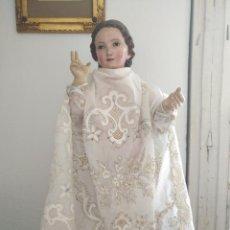 Antigüedades: FALDILLA BORDADA ORO Y LENTEJUELAS IDEAL CONFECCION TRAJE NIÑO JESUS VIRGEN SEMANA SANTA. Lote 157677562