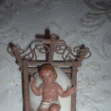 Antigüedades: NIÑO JESÚS EN CUNA; TODO DE PLÁSTICO DURO. Lote 157689718