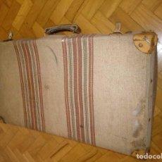 Antigüedades: MALETA ANTIGUA TELA A RAYAS. Lote 157696510