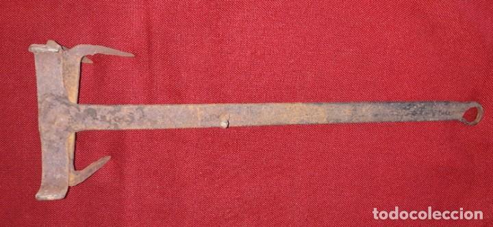 Antigüedades: TOSTADOR DE PAN DE HIERRO FORJADO - Foto 4 - 157723846