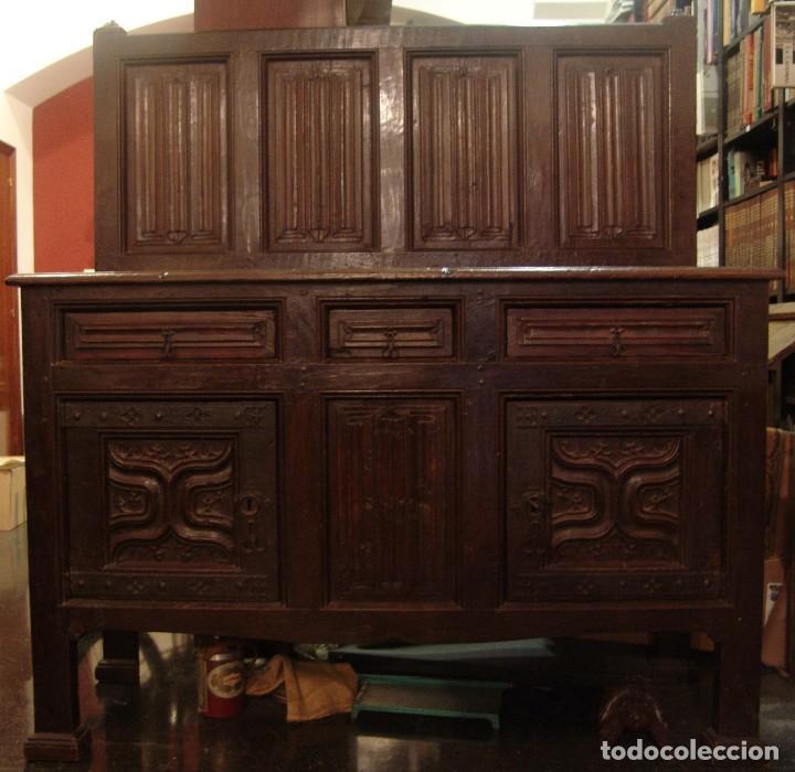 MUEBLE ANTIGUO RESTAURADO ESTILO SERVILLETA (Antigüedades - Muebles Antiguos - Aparadores Antiguos)