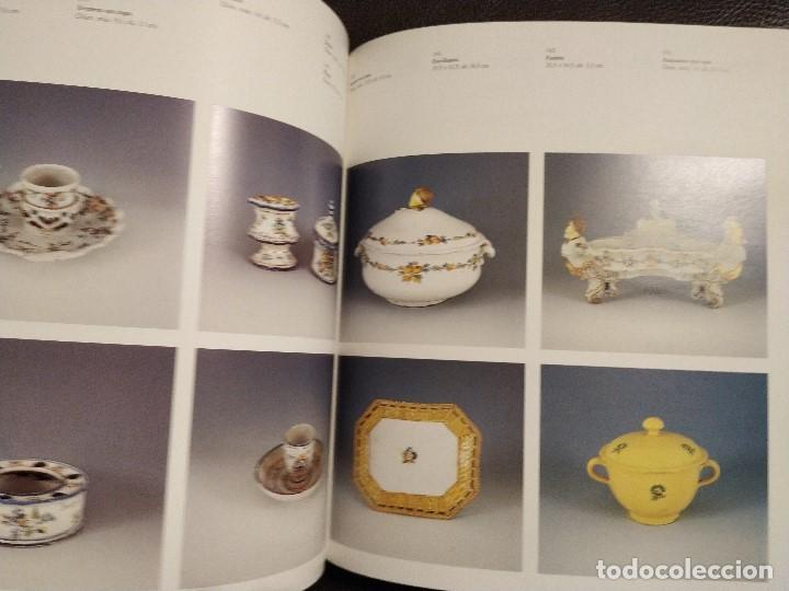 Antigüedades: 1998. CATALOGO DE LOZA Y PORCELANA DE ALCORA MUSEO DE CERAMICA DE BARCELONA..AGOTADO. EJEMPLAR NUEVO - Foto 2 - 157770478