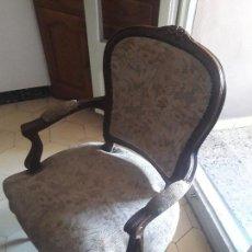 Antigüedades: PAREJA DE SILLONES ISABELINOS. Lote 157840566