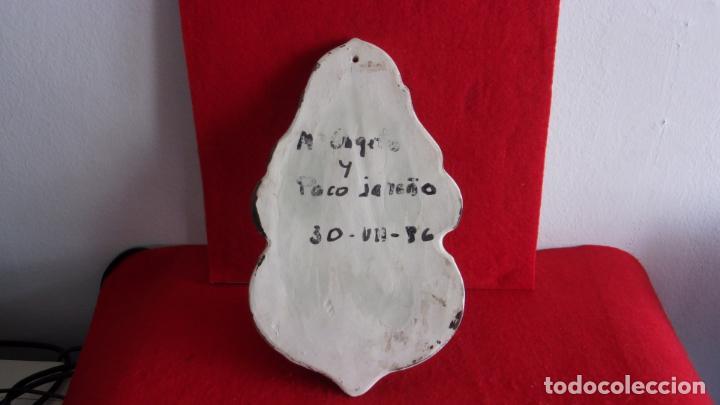 Antigüedades: benditera,firmada por Paco Jareño y otro,pienso de talavera o Teruel - Foto 5 - 157849914