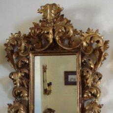 Antigüedades: ESPEJO DE MADERA TALLADA PAN DE ORO. Lote 157874016