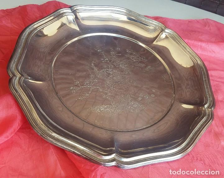 Antigüedades: Antiguo plato grabado metal plateado - Foto 6 - 157875158