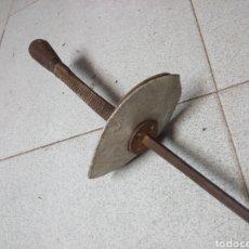 Antigüedades: ANTIGUO FLORETE DE ESGRIMA. Lote 157889610