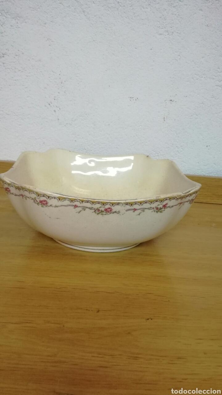 ENSALADERA DE LA CARTUJA (Antigüedades - Porcelanas y Cerámicas - La Cartuja Pickman)