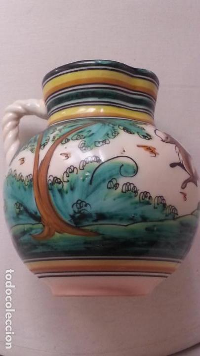 Antigüedades: PRECIOSA JARRA ANTIGUA DE PUENTE DEL ARZOBISPO. 22 CM ALTURA. FIRMA EN BASE - Foto 2 - 157914554