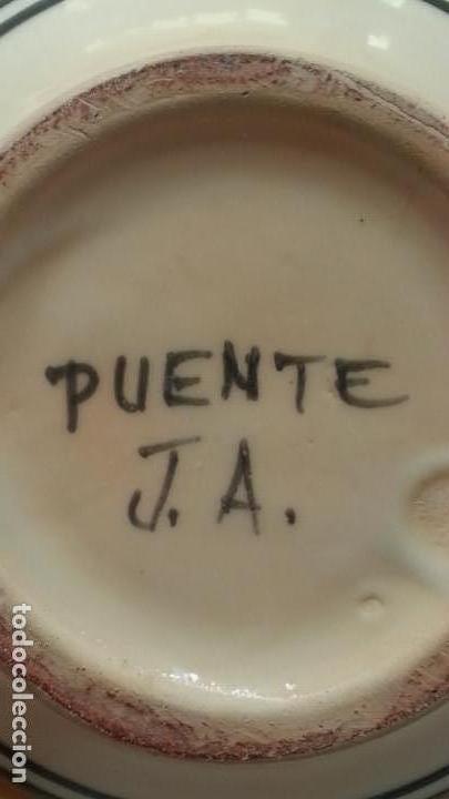 Antigüedades: PRECIOSA JARRA ANTIGUA DE PUENTE DEL ARZOBISPO. 22 CM ALTURA. FIRMA EN BASE - Foto 3 - 157914554