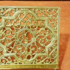 Antigüedades: ATRIL EN BRONCE. Lote 157936145