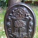 Antigüedades: ANTIGUO CUADRO ARTESANAL GERNIKAKO ARBOLA FIRMADO H. EPELDE ARBOL DE GUERNICA PAIS VASCO. Lote 157939533