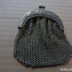 Antigüedades: PEQUEÑO MONEDERO EN MALLA DE ALPACA PLATEADA. Lote 157975678