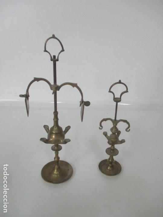 Antigüedades: Pareja de Pequeñas Lamparas de Aceite - Lámpara de Aceite, Candil, Velón - Bronce - de Colección!!! - Foto 2 - 158018258