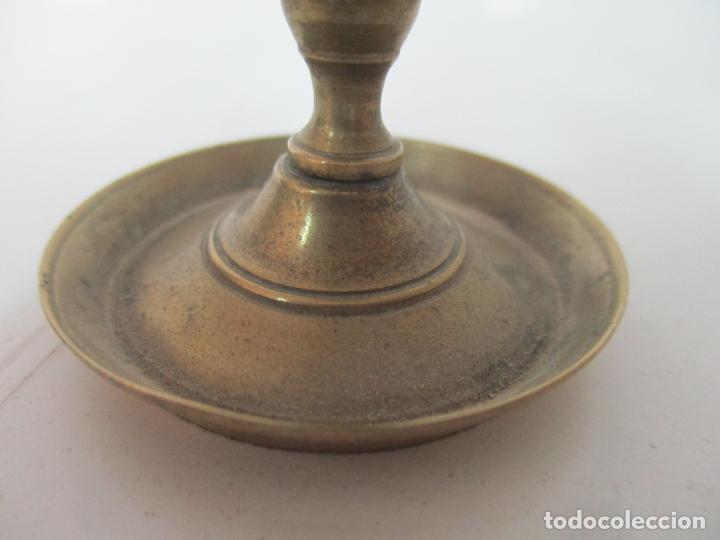 Antigüedades: Pareja de Pequeñas Lamparas de Aceite - Lámpara de Aceite, Candil, Velón - Bronce - de Colección!!! - Foto 13 - 158018258