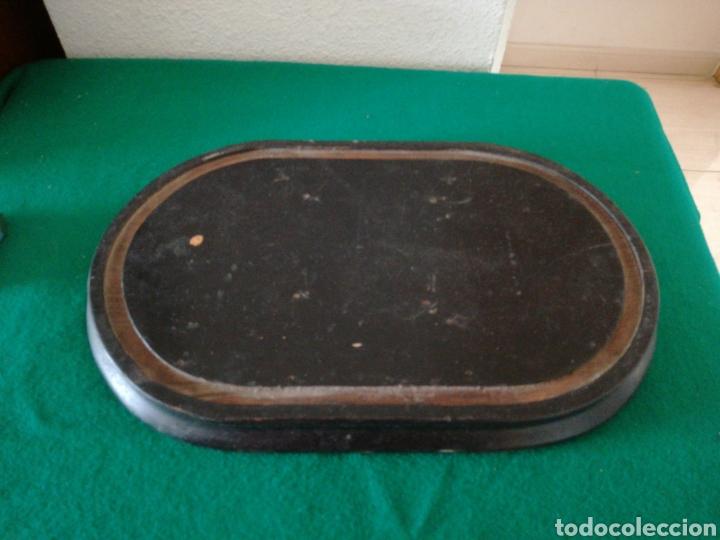 BASE DE MADERA PARA FANAL (Antigüedades - Varios)