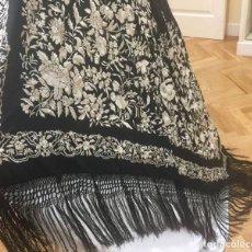 Antigüedades - Mantón de Manila antiguo Imperio bordado en seda a mano de 1880 - 158124474