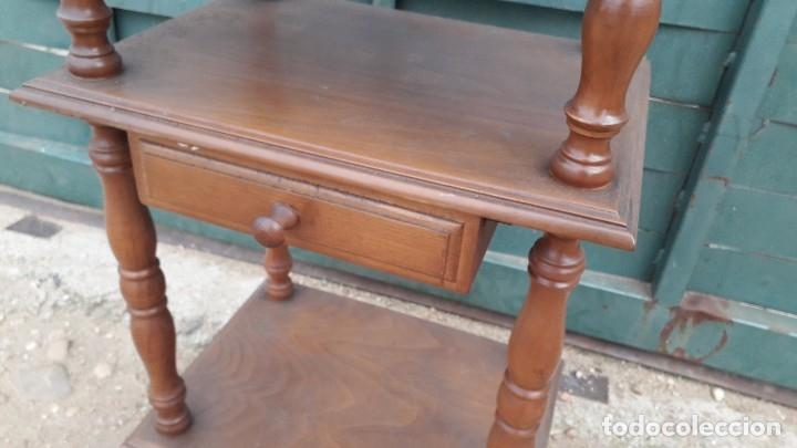 Antigüedades: Mesita auxiliar de madera maciza - Foto 3 - 158149646