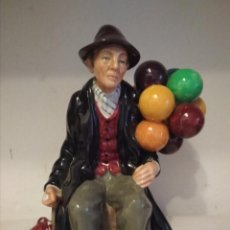 Antigüedades: FIGURA ROYAL DOULTON -THE BALLOON MAN-. Lote 158150750