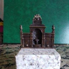 Antigüedades: BONITA FIGURA DE LAS BURGAS. ORENSE. BRONCE SOBRE GRANITO GALLEGO.. Lote 158221990